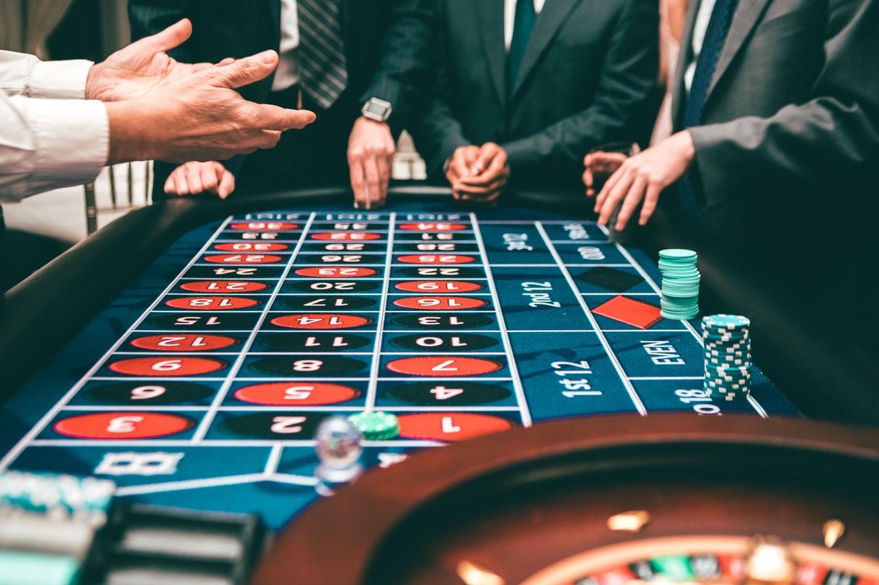 Bitcoin casino Bitcoin pelaa kultaa